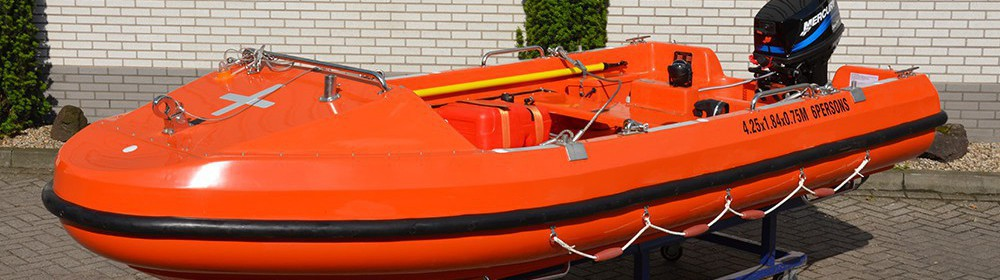 Open rigid rescueboat